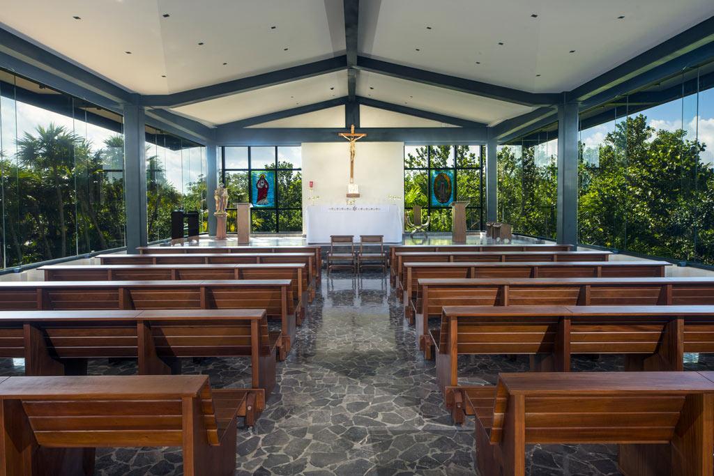 ATELIER PLAYA MUJERES | Chapel 1
