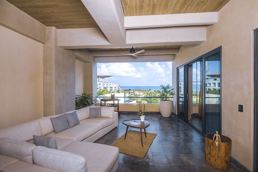 ATELIER PLAYA MUJERES | Party Suite 4