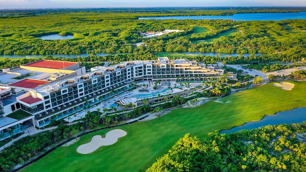 ESTUDIO PLAYA MUJERES   Panoramic Golf Side