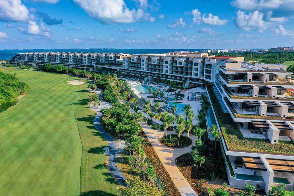 ESTUDIO PLAYA MUJERES   Panoramic Golf Side 1