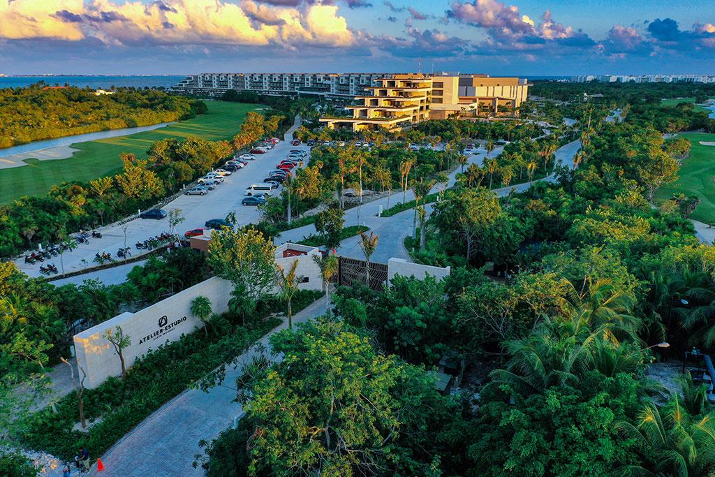 ESTUDIO PLAYA MUJERES   Panoramic Resort Entrance