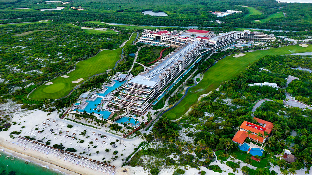 ESTUDIO PLAYA MUJERES   Panoramic Resort View 2