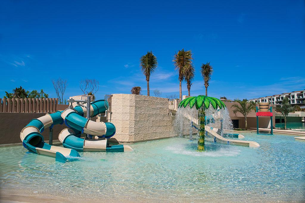 ESTUDIO PLAYA MUJERES   Pool Area Water Park 2